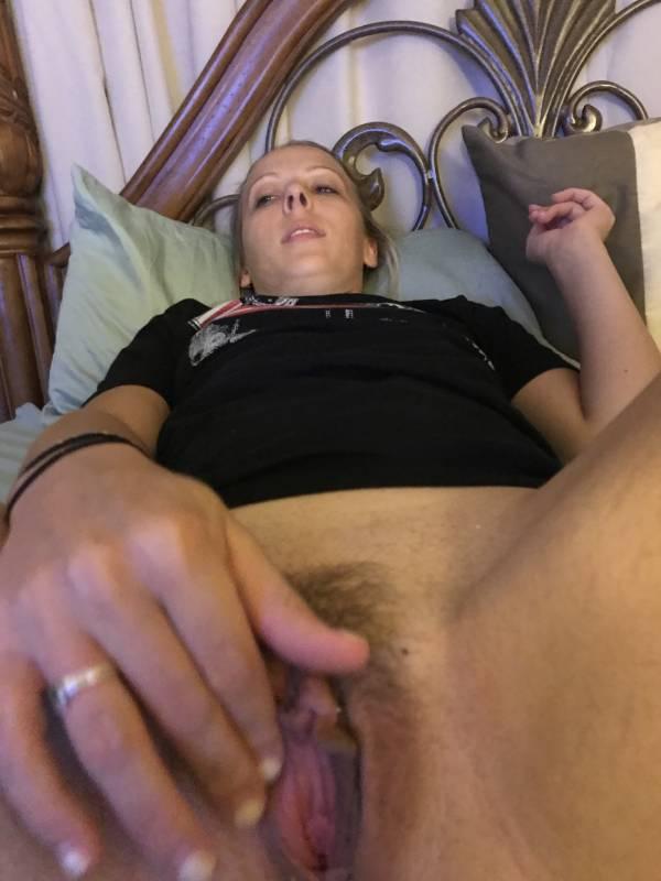 Damn-Sexy-Amateur-Girlfriend-n71rmrnq6m.jpg